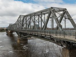 alexandria bridge