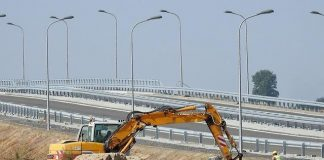 Highway construction Ontario